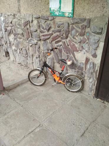 велосипед урал цена в Кыргызстан: Продам три велосипеда ! м