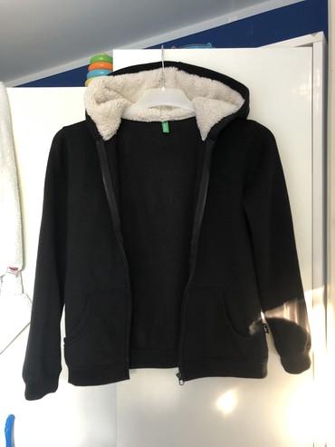 Ostala dečija odeća | Jagodina: Benetton dečiji duks,veličina 8-9 godina,odlično očuvan,nigde oštećen