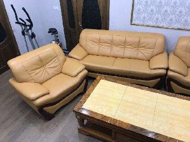 Диваны в Кыргызстан: Срочно продаю кожаный диван и мраморный стол!Состояние хорошее