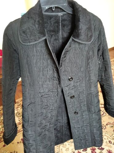 405 объявлений: Плащ пальто, 3жолу кийилген. 44-46 1500с
