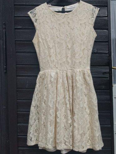 Čipkana haljinica drap boje S veličine. Dužina 87 cm ramena 33 cm. - Palic