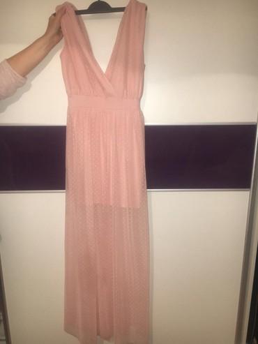 Potpuno nova haljina. Cena 2.800 - Pancevo