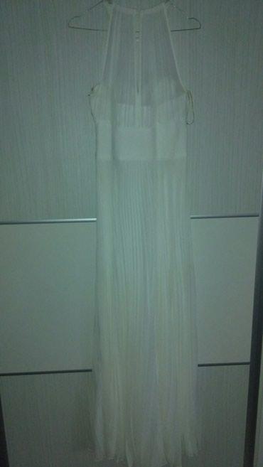 Ispod grudi secena - Srbija: Prelepa haljina,vencanica,idealna kombinacija za matursku
