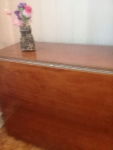 советский раскладной стол в Кыргызстан: Стол раскладной полированный.советский.в отличном состоянии