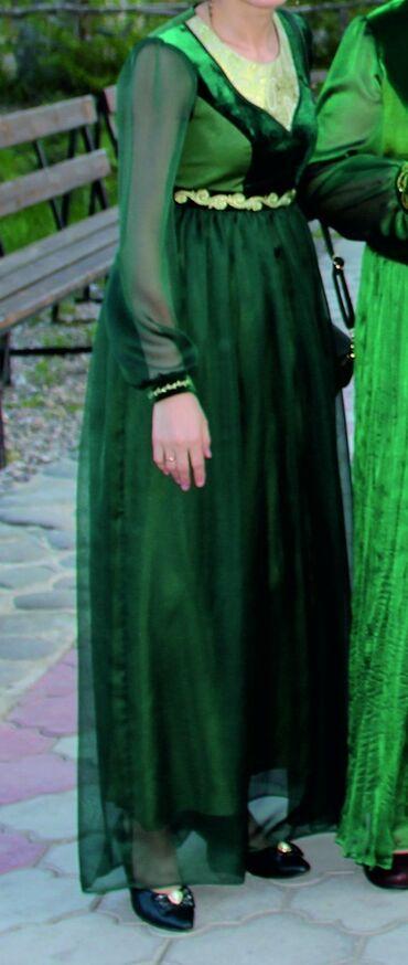 Платья - Кыргызстан: Продаю красивое платье от фирмы BAIRA.Размер S.Сшито на заказ.Одевала