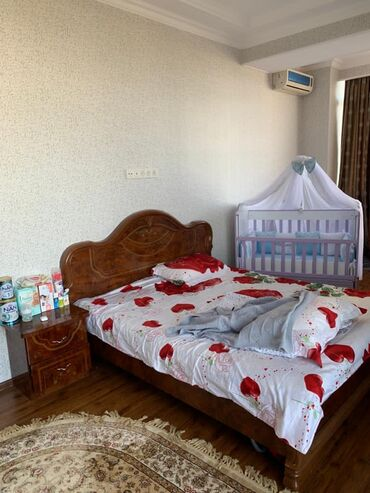 долгосрочная аренда квартир токмак in Кыргызстан | КНИГИ, ЖУРНАЛЫ, CD, DVD: 4 комнаты, 1111 кв. м, С мебелью
