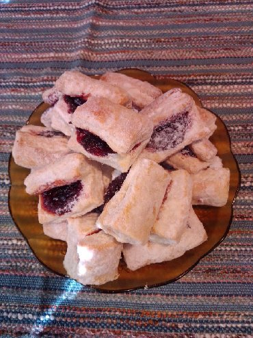 Ostalo | Lazarevac: Pravi domaći starinski salčići sa pekmezom od neprskanih šljiva!