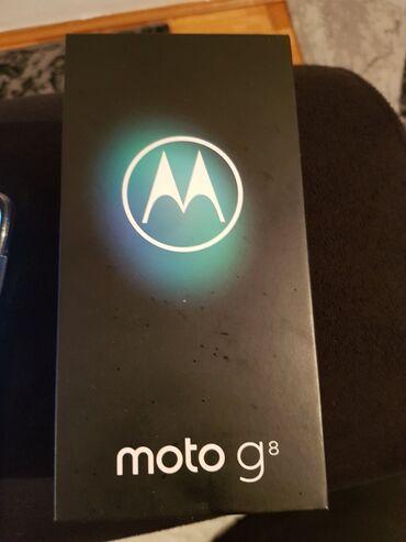 Motorola e1120 - Srbija: Zdravo prodajem svoju motorolu G8 u odlicnom stanju koriscen 2meseca