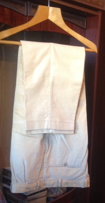Продаю новые вельветовые брюки фирмы KRAS BRNO, размер евро цвет