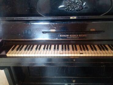 Pianino gozel 1 dene koklemek lazimdir .qedimi pianino