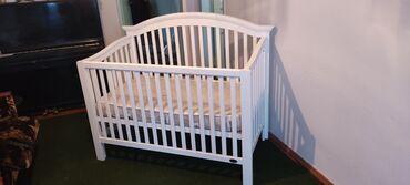 Детская мебель - Цвет: Белый - Бишкек: Продается детская кроватка от фирмы Juniors, покупалась новой в