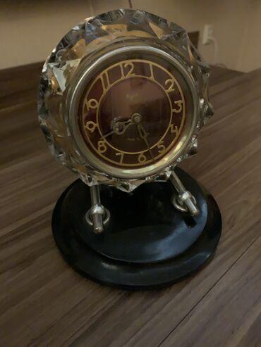 3129 объявлений: Часы, корпус из горного хрусталя, в отличном состоянии, после