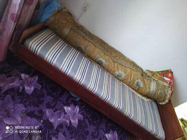 Мебель - Бостери: Срочно продам диван кровать с матрасом. Город Бишкек
