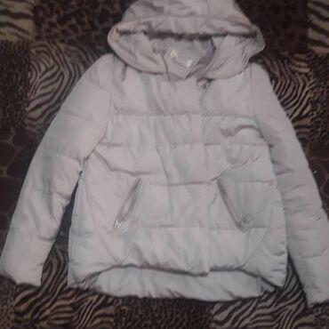 Меняю на продукты и вкусняшки для деток. Модная дэми куртка. размер