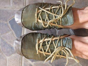 Ženska patike i atletske cipele - Obrenovac: Nove baletanke patikicebroj 38z presijavaju se na zlatno