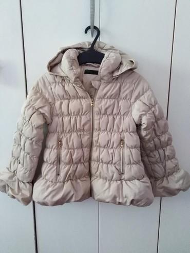 Dečija odeća i obuća - Novi Banovci: Beneton jakna vel 6-7Beneton jakna vel 3-4Beneton suskavac vel