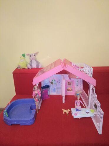 Barbie set - Crvenka: Mattel kućica i mattel barbika plus bazen