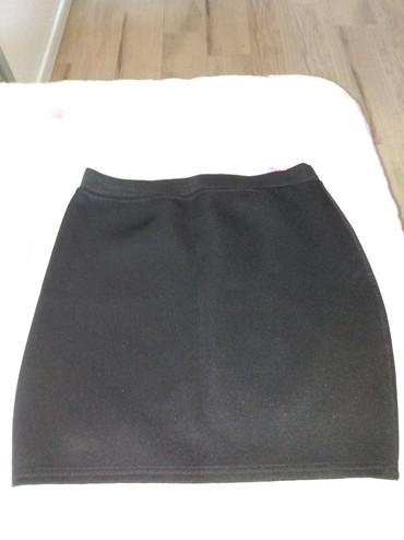 Crna-uska-haljina - Srbija: Uska crna suknja