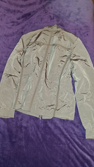 Lagana jaknica za prolece -jesen u odlicnom stanju 1000 RSD br 36