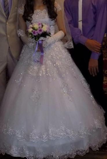 Свадебное платье. очень красивое. в Бишкек