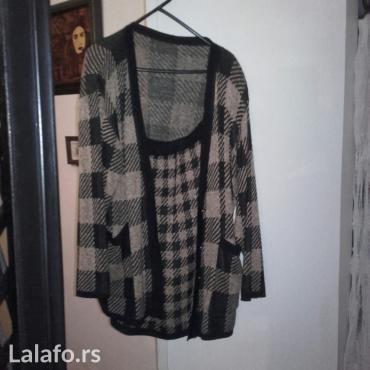 Svileni suknja - Srbija: KOMPLET DVODELNI od svilenog konca, jakna sa djepovima,veoma udobno i