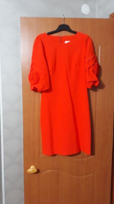 Продаю вечернее платье размер 36