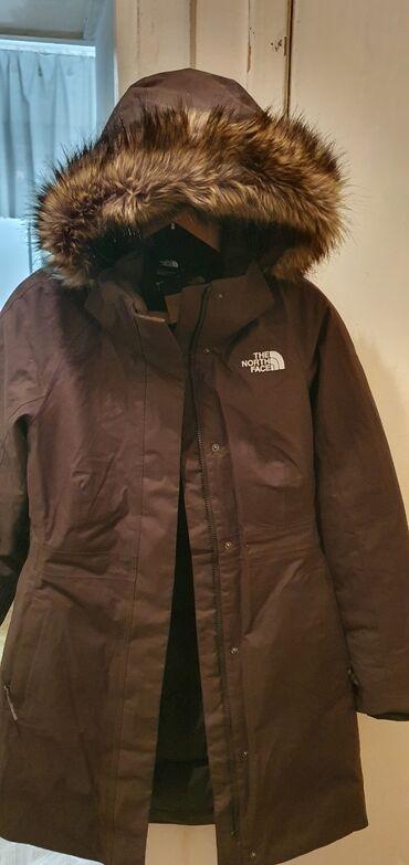 жен куртка в Кыргызстан: Новая женская зимняя куртка бренд THE NORTH FACE оригинал был куплен