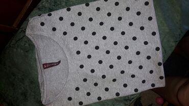Prodajem zenske majice kratkih rukava  Vel 2xl do 3XL Cena 600 din