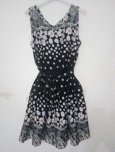 Prelepa haljina Vel. S