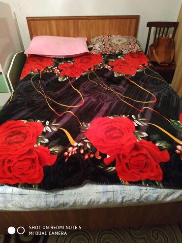 купить обруч для талии в Кыргызстан: Продаю кровать двуспальная с матрасом состояние отличное талас