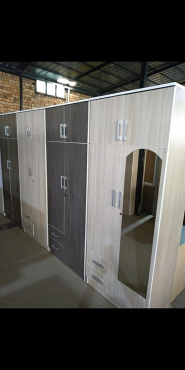 шкаф двухдверный в Кыргызстан: Шкаф шкаф шкафНовые двухдверные шкафы с зеркалами в наличииШирина 80