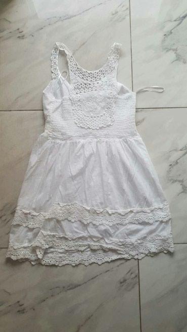 Bela haljina nova turska proizvodnja 40 veličina i u crnoj boji 38 - Batajnica