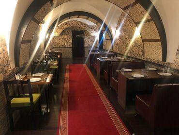 adlı - Azərbaycan: Fantanlar meydaninda Firuze Restoraninin yaninda faktiki sahesi 200kv