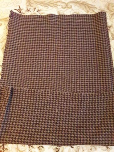 Ətəklər - Xırdalan: Palto ucun parca. Tezedi. uzunlugu 4m, eni 1.55 m . rengi sekilde