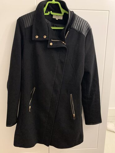 Crni kraći tanji kaputić, veličina L, NOVO. Tanak kaputić sako, stanje
