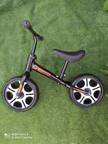 Беговел на широких колёсах, идеален для обучения езде на беговеле. Рас