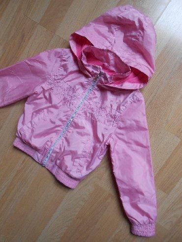 Dečije jakne i kaputi | Becej: Terranova jakna za devojčice vel 4/5 godina Besprekorno očuvana, obuče