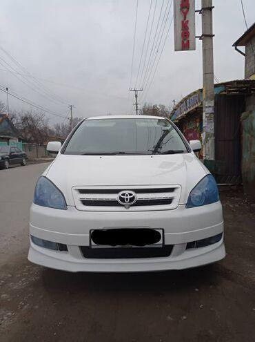 Toyota Ipsum 2.4 л. 2002   204 км