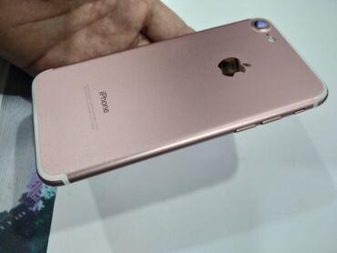 Sanqaçalda: Iphone 7 128 gb. Qutu və bütün aksesuarla. Ekran dəyişilib. (qadın tel