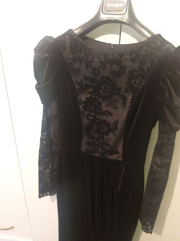 Личные вещи - Буденовка: Продаются турецкиепочти новые платья. Носились по одному разу