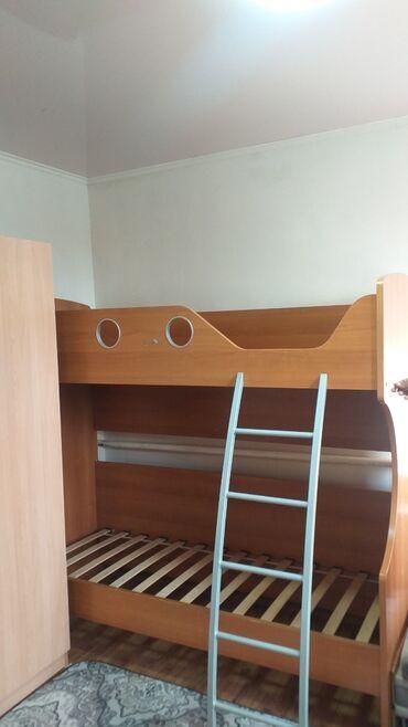 Продаю 2х.яр.кровать (1шт.). Состояние хорошее, 2м×80см. Производство