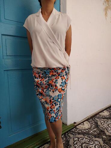 Женская одежда в Кемин: Ликвидация товара,очень низкая цена. Милая двойка, блузка с юбкой