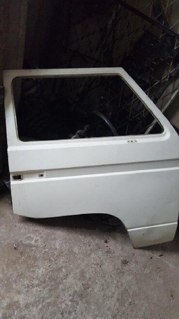 Volkswagen TransporterT2 дверь правая левая бампера стёкла боковые
