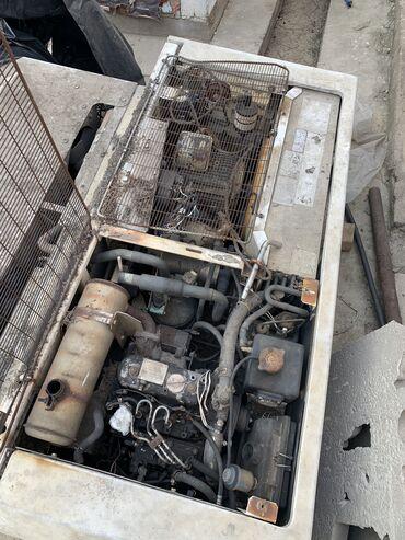 Продаю холодильник, двигатель 3 цилиндра, дизель привозной стоял на