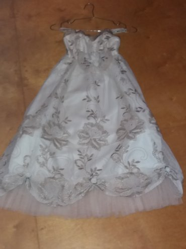 Bakı şəhərində Вечернее платье для девочки от 5до 7