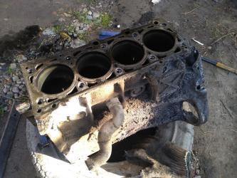 запчасти на спринтер в Кыргызстан: Запчасти на Двигатель сди cdi 2.2 спринтер.Блок цилиндров сди cdi 2.2