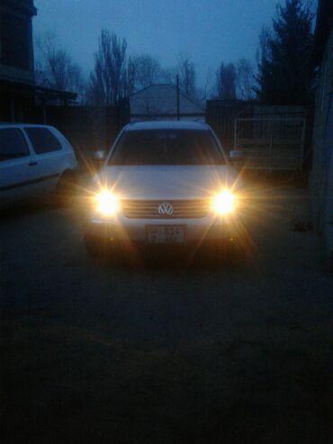 Volkswagen - Бишкек: Volkswagen Passat 1.8 л. 2003 | 218000 км