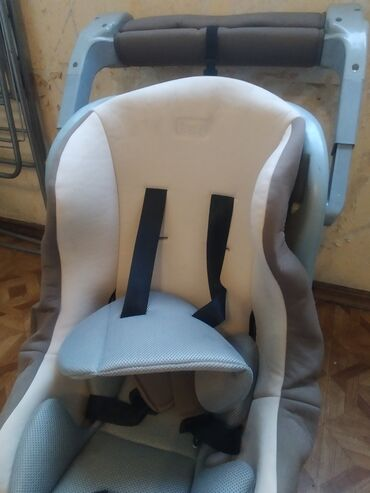 Автокресла - Кыргызстан: Продаю детское кресло, состояние отличное