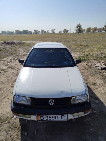 Volkswagen Vento 1.8 л. 1994 | 8555855 км