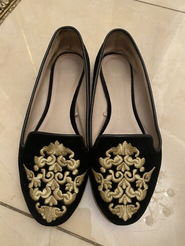 черное платье размер 38 в Кыргызстан: Zara. Размер 38. Бархат